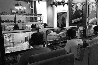 电竞赛事助力沈阳网吧转型 泛娱乐经营模式兴起