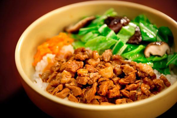 网咖中式简餐料理包香菇滑鸡饭 加热即食 出餐速度快简单方便