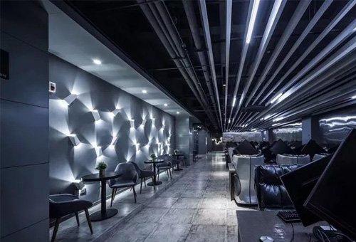 忆・基因电竞馆:风格另类的科技科幻风网吧装修