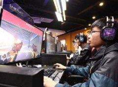 行业里的边缘人:为全中国的网吧更新游戏